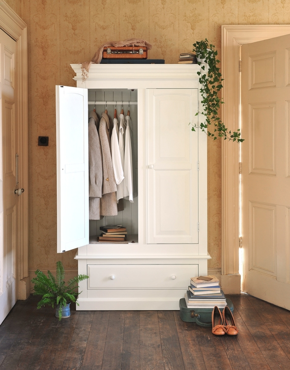 Chantilly Wardrobe