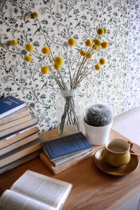 Blue and Yellow Bedroom Crespida Cacti