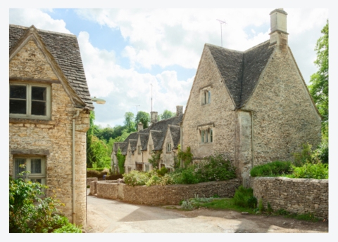WIN A STAY IN THE COTSWOLDS PLUS A £100 VOUCHER FOR THE COTSWOLD COMPANY!