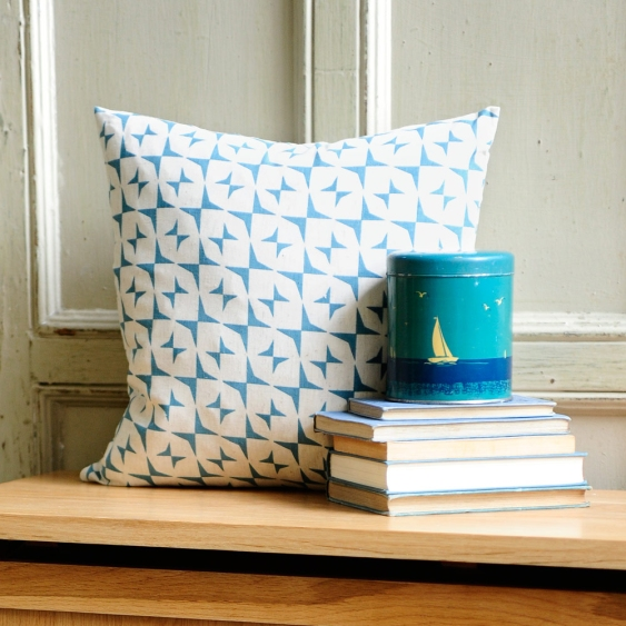 Cushion, hall bench, hallway, books, vintage tin, oak hall unit, hidden storage