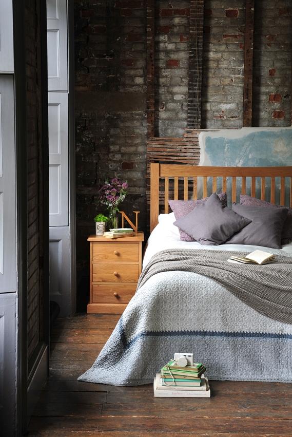 Oak Bedroom Furniture, dream bedroom, books, shutters