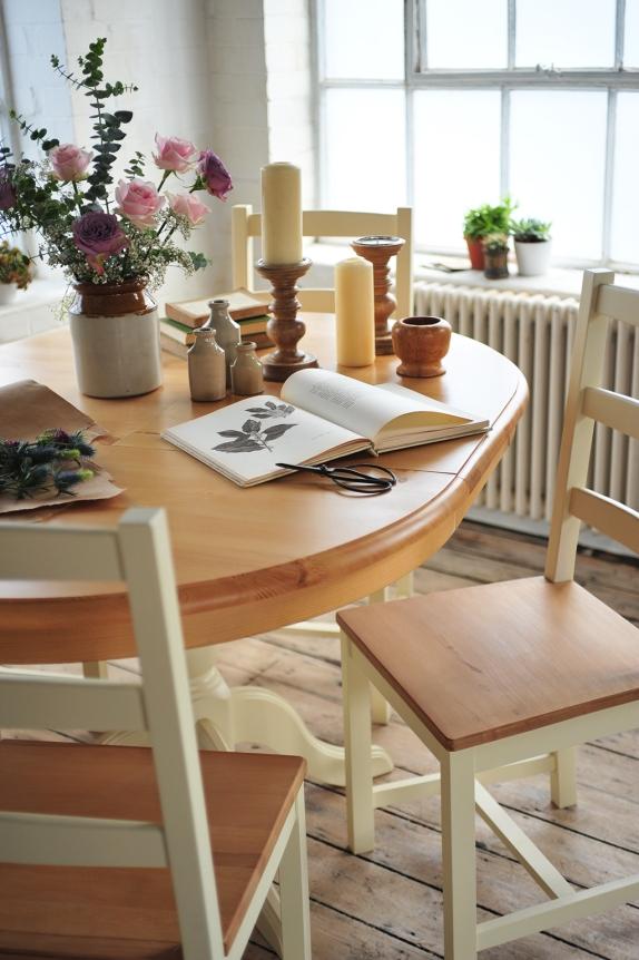 Dining, flower arranging, plants, flowers, florist, botanical