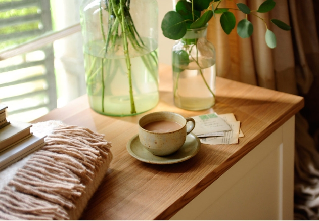 Dressog your home, coffee cup, styling, staging, selling houses