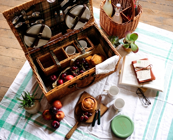 Picnic, Picnic basket, picnic pie, fruit, summer, plants, picnic blanket, 2