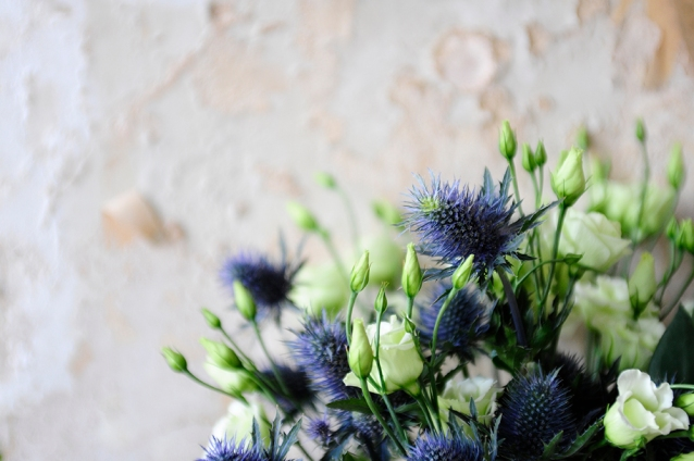 lisianthus, thistles, aging wall, styling, flowers