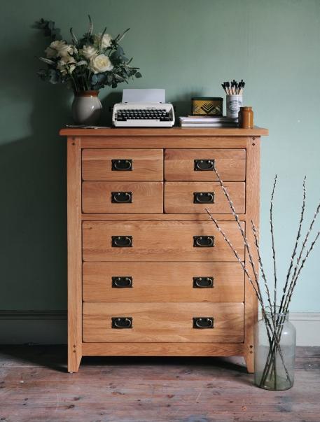 Oak chest of drawers, rustic oak, oakland, flowers, typewriter, green wall