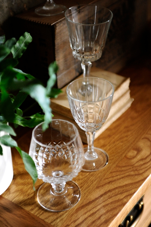 Oak grain, rustic dining furniture, wine glasses