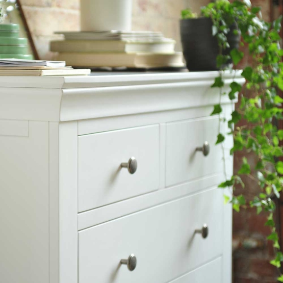White furniture, white chest of drawers, white bedroom furniture