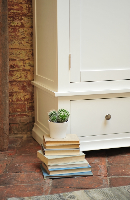 white wardrobe, detail, drawers, cacti, cactus, books