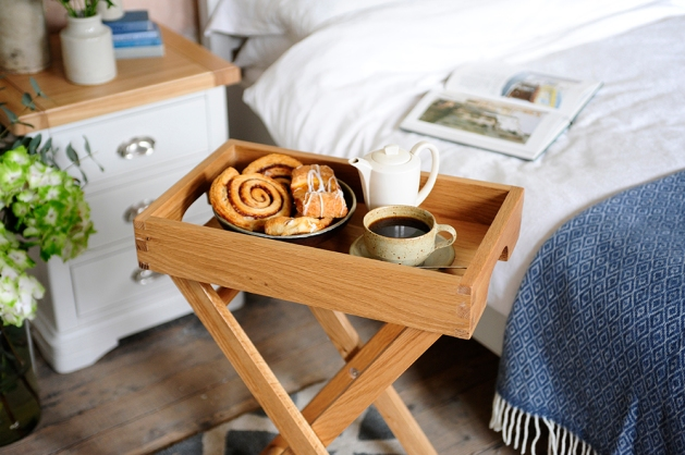 oak breakfast tray, butler tray, dream bedroom2