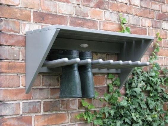 Wellie storage, porch, hallway, garden
