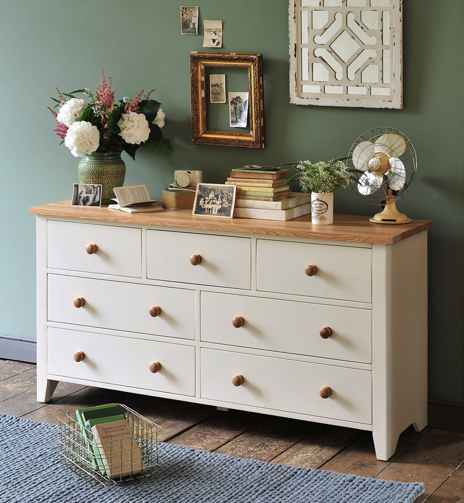 painted-chest-of-drawers-cream-furniture-green-walls