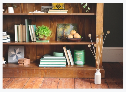 MAKE IT PERSONAL…HOW TO STYLE YOURBOOKCASE
