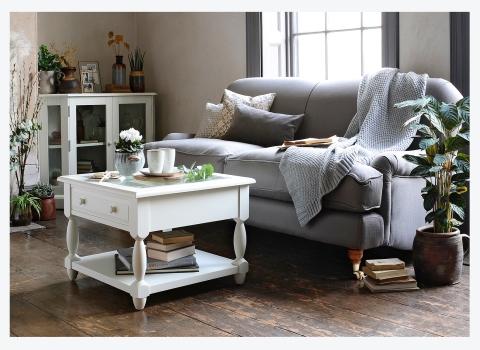 IDEAS FOR A SMALL LIVINGROOM