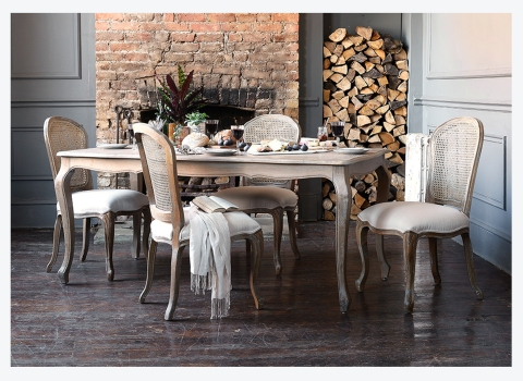 Paint Colours that will go with your Oak DiningTable